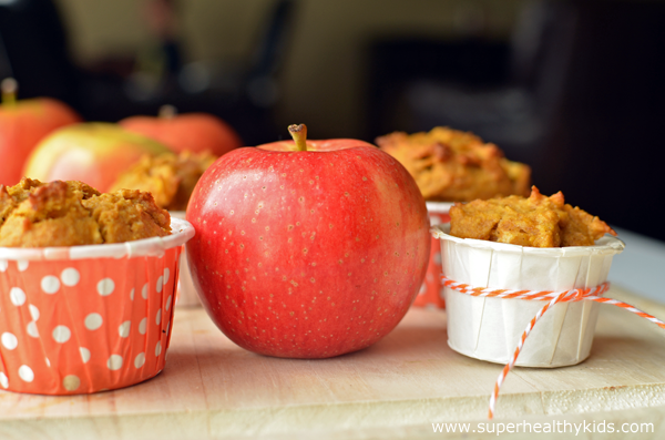 apples-with-pumpkin-apple-m